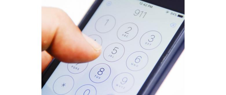 When to Call 911 and When to Call Non-Emergency Numbers
