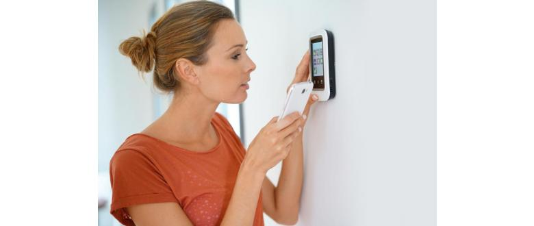 What is a Z-Wave Thermostat and Why Would You Want One?